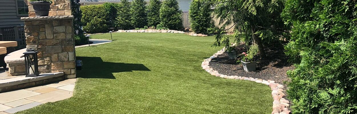 5 Ways to Improve your Home's Value by using Artificial Grass